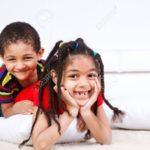 Adivinanzas chistosas cortas para reír con los niños